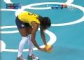 奥运视频-弗尔南达大力扣杀成功 中国VS巴西