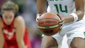 奥运图:加拿大女篮险胜巴西 准备罚球