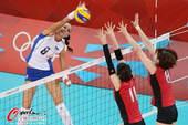 奥运图:女排小组赛俄罗斯胜日本 俄罗斯扣杀