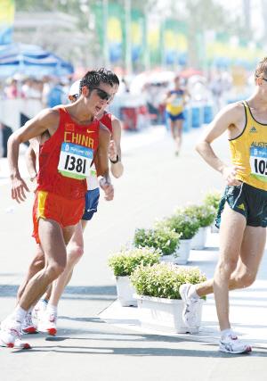 李建波在北京奥运会50公里竞走获得第14名
