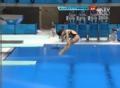 奥运视频-何姿动作轻盈完美入水 3米板半决赛
