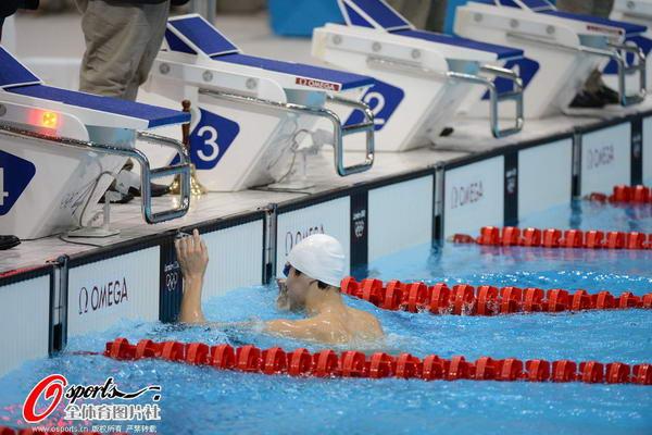 奥运图:男子1500米自决赛 孙杨破世界纪录