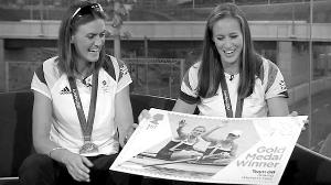 英国为两位夺金的皮划艇女选手和自行车选手布拉德利·威金斯专门定制了皇家邮票