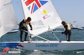 奥运图:帆船帆板赛精彩赛况 选手欢庆