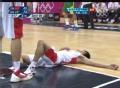 奥运视频-陈江华舍身上篮倒地 险被巴西队踩踏
