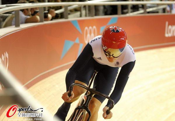 奥运图:场地自行车赛竞争激烈 英国选手