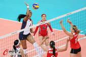 奥运图:女排阿尔及利亚负多米尼加 跳扣