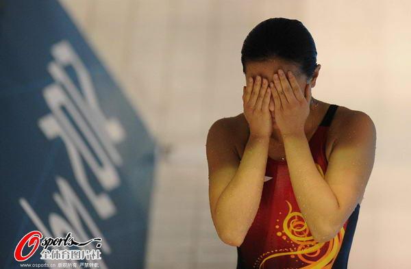 12年伦敦奥运会跳水_2012年8月6日,2012年伦敦奥运会跳水女子个人3米板决赛,吴敏霞,何姿