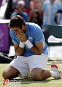 奥运图:网球男单波特罗完胜摘铜 波特罗跪地