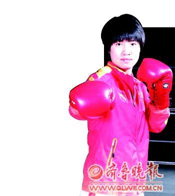 出生在济宁高新区许厂村,从小酷爱体育,以练跨栏为由进入体校却最终改练拳击;从一开始被队友频频暴揍,到后来追着对手打,她是中国女子拳击奥运第一人,她就是任灿灿。