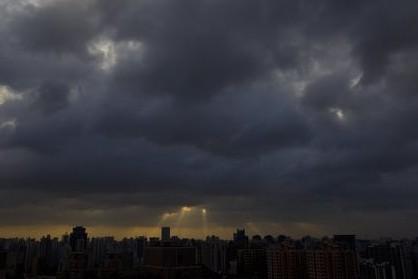 阵雨天气又将重返申城。
