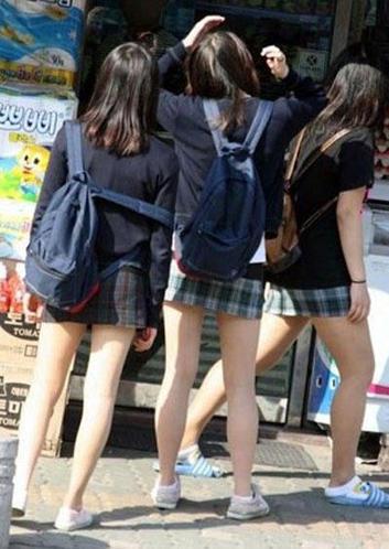 女生 校服/图为韩国女生校服