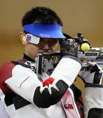 奥运图:射击三姿赛颁奖 朱启南调整情绪