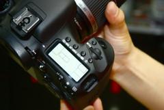 非全画幅顶级单反 佳能7D套机售13100元