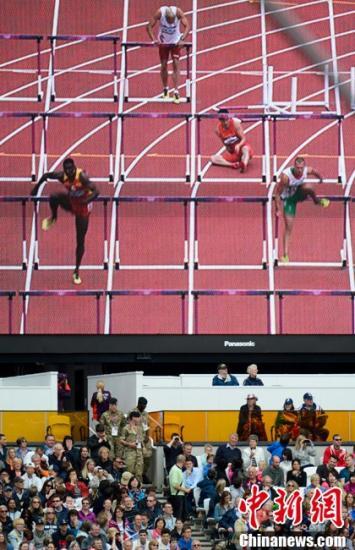 男子110米栏决赛:刘翔缺阵遗憾 梅里特成热门