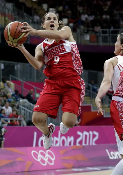 奥运图:俄罗斯女篮险胜土耳其 哈蒙上篮
