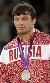 奥运图:雷扎伊摔跤96公斤级夺冠 亚军获得者