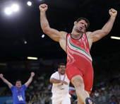 奥运图:雷扎伊摔跤96公斤级夺冠 伊朗选手获胜