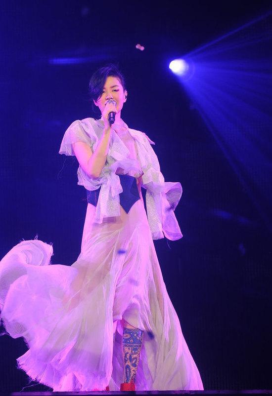 王菲2011香港演唱会。