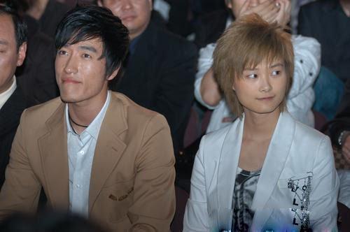 李宇春与刘翔。