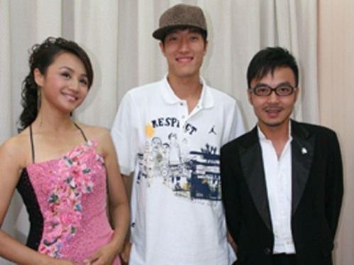 曹颖、汪涵与刘翔。