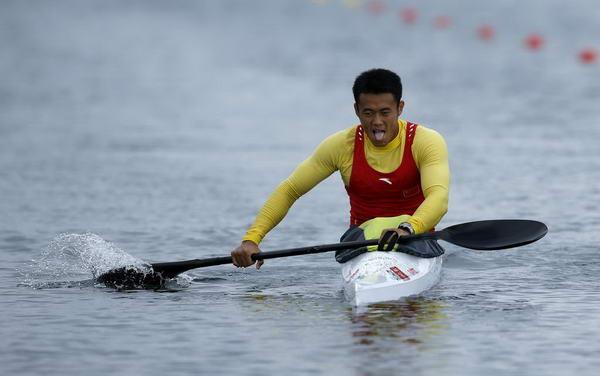 奥运图:玻璃单人皮划艇v奥运中国选手周玉波男子砸车滑板图片