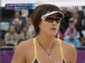 奥运视频-张希送扣杀球落界内 女子沙排半决赛