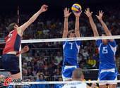 奥运图:意大利男排击败美国 双人拦网