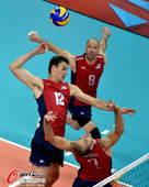 奥运图:意大利男排击败美国 跃起强攻