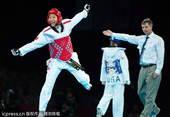 奥运图:侯玉琢轻松晋级四强 胜利庆祝