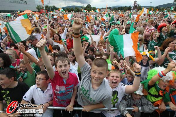 爱尔兰/奥运图:爱尔兰女拳击手夺冠爱尔兰拳击迷