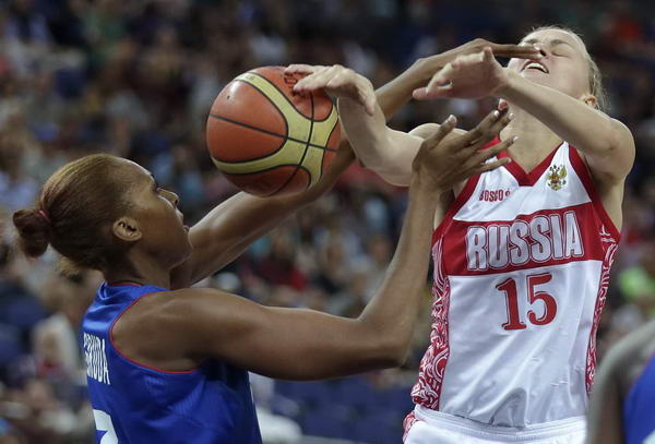奥运图:法国女篮晋级决赛 互不相让