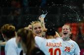 奥运图:手球黑山共和国晋级决赛 激动不已