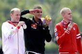 奥运图:突尼斯游泳马拉松夺冠 奖牌获得者