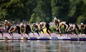 奥运图:突尼斯游泳马拉松夺冠 选手下水
