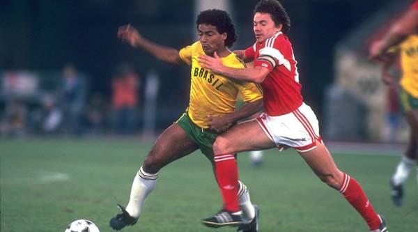 会 苏联2-1巴西 1988年奥运会男足比赛最大的亮点是中国队首次出图片