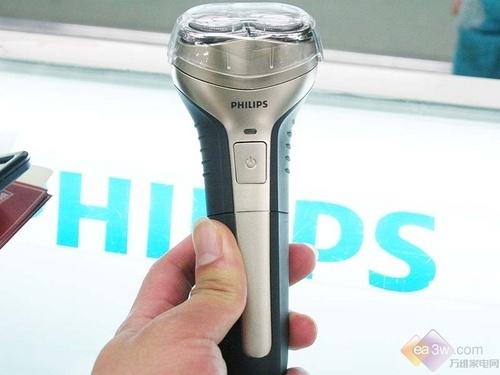 让剃须更加洁净 飞利浦HQ916剃须刀