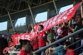 图文:辽苏大战球迷疯狂 辽足球迷条幅标语讽刺客队