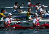 奥运图:男双皮艇俄罗斯摘金 兴奋不已