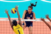 奥运图:女排决赛巴西夺冠 扣球