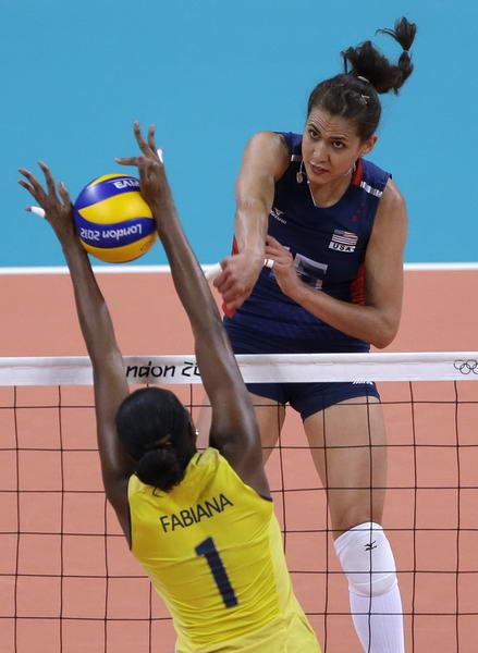 奥运图:女排决赛巴西夺冠 拦网成功