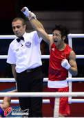 奥运图:邹市明卫冕拳击49KG冠军 宣布冠军瞬间