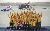 奥运图:帆船6M女子对抗赛 澳大利亚队庆祝