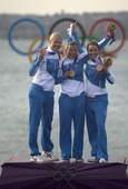 奥运图:帆船6M女子对抗赛 芬兰队获铜牌