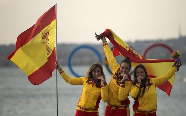 奥运图:帆船6M女子对抗赛 西班牙姑娘