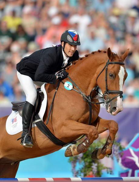 奥运图:现代五项中国创历史摘银 人与马