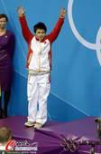 奥运图:男子十米台美国夺金 邱波挥手致意