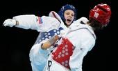 奥运图:跆拳道女子67公斤以上级 李仁钟比赛中