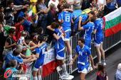 奥运图:意大利男排获得铜牌 激动冲向观众席