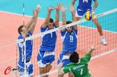 奥运图:意大利男排获得铜牌 跃起扣球